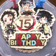誕生日ケーキ/鬼滅の刃/キャラチョコ/ケーキ 子供の15歳の誕生日ケーキ!  今流行り…