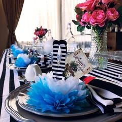 不思議の国のアリス/パーティー/100均造花/テーブルコーディネート/ペーパーフラワー スプリングパーティの準備。  テーマは不…