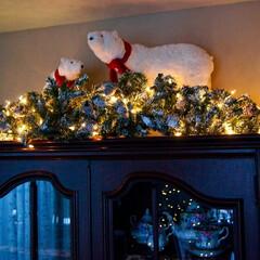 クリスマス/デコレーション/シロクマ クリスマスデコレーション!  食器棚の上…