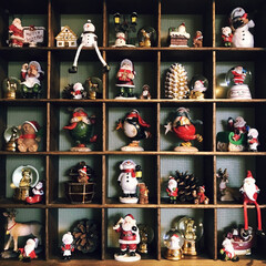 クリスマス/デコレーション/サンタ/スノーマン/スノードーム 毎年少しずつ集めているクリスマスの置物。…