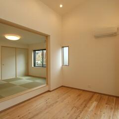 注文住宅/和/畳/床暖房/小上がり和室 和室が大好きなお施主様。LDKにも和室を…