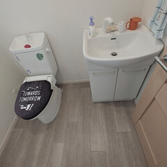 フロアシートリメイク/フロアシート/トイレDIY/トイレインテリア/トイレリフォーム/トイレ/... 洗面所と1Fのトイレに続き最後2Fのトイ…