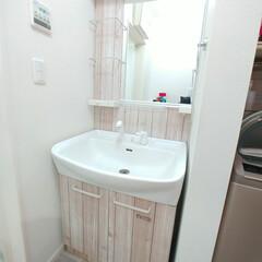 壁紙シート/壁紙リメイク/壁紙DIY/壁紙/洗面台DIY/洗面台リメイク/... 洗面台をこの前リメイクしましたが暗すぎた…(5枚目)