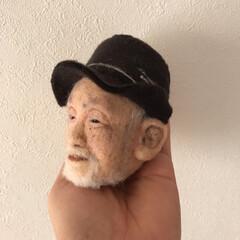 似顔/顔/手作り/羊毛フェルト/ハンドメイド 羊毛フェルトで作ったおじいさん。 先生と…(3枚目)