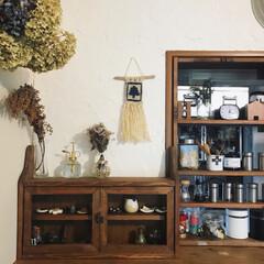 スパイスラックDIY/ドライフラワー/小棚DIY/漆喰壁/マクラメタペストリー/インテリア/... マクラメタペストリーを作って 飾りました…