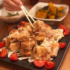 ヘルシーレシピ/豆腐の唐揚げ/晩ご飯/おうちごはん てんこ盛りの唐揚げ〜♫  でも、実はこれ…