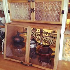 ショーケース/DIY/100均フレーム/コーヒーグッズ/コーヒーミル/ドリッパー/... DIYしたキッチンカウンター上の収納にピ…
