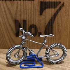 ワイヤー細工/自転車/雑貨/インテリア/ハンドメイド 以前作成したものです🚲 ちっちゃいものば…