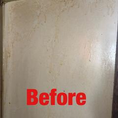 電解水/キッチン/油汚れ/コンロ周り/プチお掃除/シンプルライフ/... キッチンのコンロ横の壁。 油で色が変わっ…(2枚目)