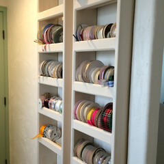 収納/オリジナル/リボン収納 奥様の仕事部屋のリボン収納。サイズぴった…
