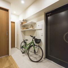 玄関/土間/タイル 自転車やベビーカーを置けるスペースを作り…