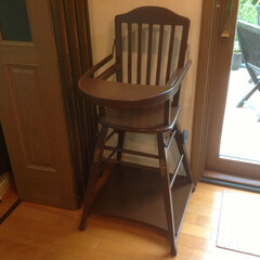 子供椅子/特注家具/オーダー家具/ハンドメイド/伝統/子供ダイニングチェアー 代々使っていた当時特注になる子供椅子です…