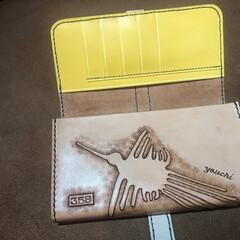 財布/オーダーメイド/長財布/カービング/ヌメ革/飴色 内側のカービング長財布 オーダーメイド品…