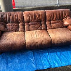 ソファ/色落ち/革擦れ/リペア/革修理/革シミ/... 30年以上ご使用頂いたソファを蘇らせます…