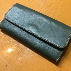 革/革教室/レザー教室/長財布/制作 革の教室も行っておりまして この長財布は…