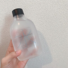 NEW/環境に優しい/給水/詰める水/無印良品 7月1日から無印で始まった給水サービス。…(1枚目)