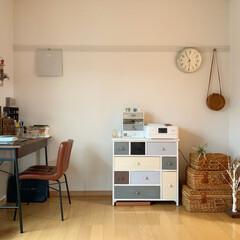 暮らしを楽しむ/チェスト/アンセムチェアー/楽天ROOMやってます/楽天Roomに載せてます/暮らし/... myroom . ベットからお部屋を眺…