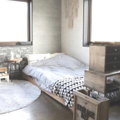 リミアな暮らし/フォロー大歓迎/ベッドDIY/ベッド/セリア/100均/... 模様替えした時にパシャリ。 窓が2個あっ…