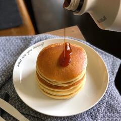 キャンドゥ/ランチョンマット/100均食器/ダイソー/メイプルシロップ/スイーツ/... ある日のパンケーキ。 甘いものが苦手な方…