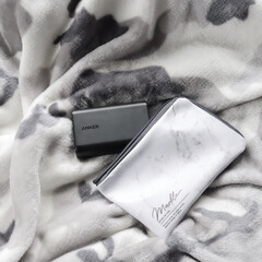 Instagram @maaco.uw/ポーチ/モノトーン/フォロー大歓迎/収納/モバイルバッテリー収納/... モバイルバッテリーも使い勝手良かったです…