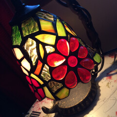 照明器具 ベッドルームのワンアイテム!花柄ランプ …
