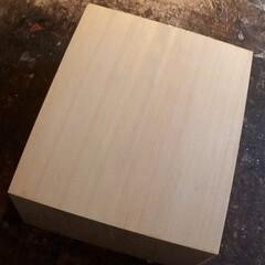 能面/伝統/木彫/面打/檜/居間 能面打に用います「尾州檜」。高級材です。…