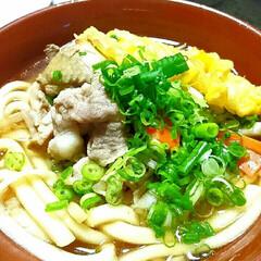 フード/おうちご飯/うどん/肉うどん 昨日の晩御飯は、鍋のスープで肉うどん。コ…