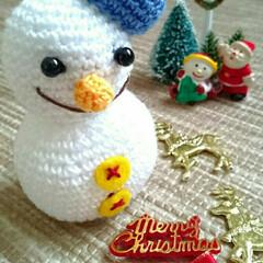 あみぐるみ/雪だるま/ハンドメイド/編み物/手作り/冬/... 母のあみぐるみ最新作🎵冬も近づき、⛄雪だ…