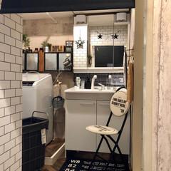 TOTO/棚DIY/パーケット柄/クッションフロア/セルフリノベーション/洗面所/... 狭い洗面所。 でも好きは詰まってる(^ …