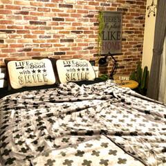 クロス柄/レンガ柄壁紙/和室を洋室に/ベッドルーム/毛布/収納/... 薄手の毛布が欲しくてシングル2枚 買いま…