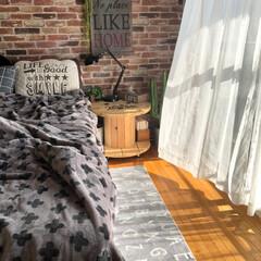 レンガ柄壁紙/ケーブルドラム/和室を洋室に/寝室/ベッドルーム/ダイソー/... 玄関のマットと色とサイズ違いの をココに…