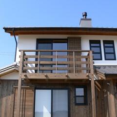 木組の家/漆喰/バルコニー/杉/木の家/大工/... 安城市の木組の家。外観も手仕事で造られて…