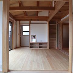 大府市/愛知県/蒲郡市/三河/木組の家/土壁/... 大府市の木組み土壁の家。和室からつながる…