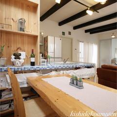 モザイクタイル/キッチン/フレンチハウス/輸入住宅/注文住宅/宇治市/... 鮮やかな青色のモザイクタイルが素敵な造作…