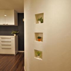 京都注文住宅/インテリア/京都/京都市/京都市注文住宅/京都の注文住宅/... キッチン右手にある壁はまぁるい曲線を描い…