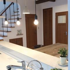 かわいいキッチン/カントリー調でかわいい/タイルキッチン/白を基調とした/京都/住まい/... おしゃれなキッチンはタイルから! 木素材…