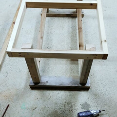 明日完成予定/テーブル/DIY テーブル作ってまーす😃💦🔨 明日、完成予…(1枚目)
