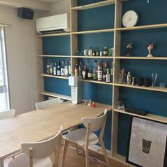 DIY/酒/棚/テーブル 引越し先の壁一面に酒棚&ダイニングテーブ…
