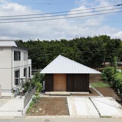ナチュラル 三角屋根の家です。