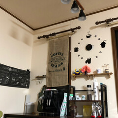 おうちカフェ/おうち自慢/デロンギエスプレッソマシン/至福のひととき/セリア リビングの一角のお気に入りスペースです。