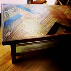ヘリングボーン/コーヒーテーブル/ブライワックス/ゴールド/オイルステイン コーヒーテーブル。ヘリングボーン仕様天板…(1枚目)