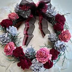 クリスマスリース/リース/木の実/木の実リース/フラワーリース/シック/... エレガントでモダンなクリスマスリース♪ …(1枚目)