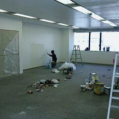 塗装 大阪は江坂にあるオフィスのメンテナンス塗…