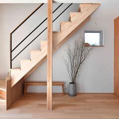 階段/光/ますいいリビングカンパニー/ますいい/光のさす家 光のさす家 階段の景色
