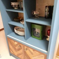 食器棚/リメイク/ペイント/ヘンリーボーン/100均/リメイクシート 昭和レトロな小さめ食器棚をリメイクdiy…