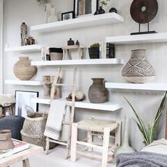 流木/DIY/ウォールシェルフ/ディスプレイ/セルフリノベーション/IKEA 寝室を模様替え☺︎