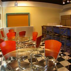 アメリカンダイナー/飲食店/ガラステーブル アメリカンダイナー的な内装のお店。