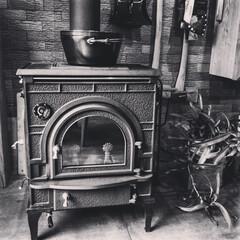 暖炉/ダッチウエスト/薪ストーブ/リノベーション バダイ不動産があるBADAI BASEに…