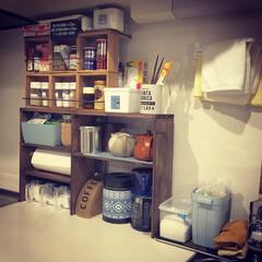 男前/西海岸/DIY/雑貨/100均/セリア/... 自分の使いやすいキッチンに。 見せる収納…