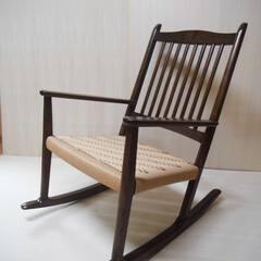 和家具/特注家具/オーダー家具/無垢家具/和タンス/指物家具 タモで作った細身のロッキングチェア。  …